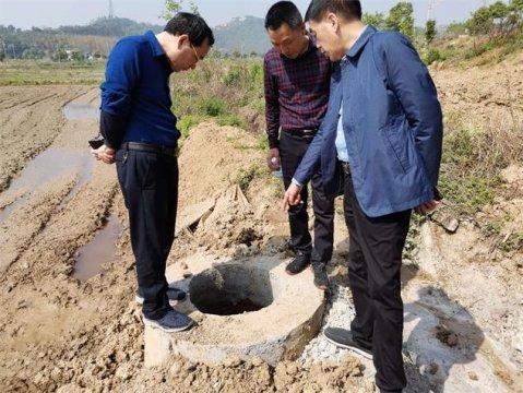 华容分局党组现场督查生态环保项目推进情况