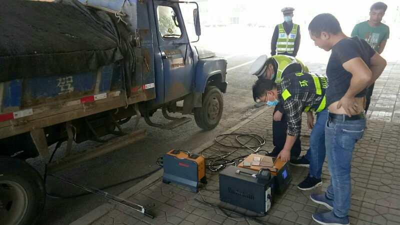 株洲市云龙示范区:联合开展机动车尾气超标排放整治行动