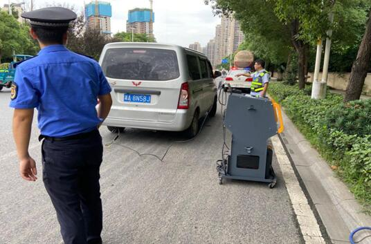 株洲市荷塘区开展大气污染防治巡查