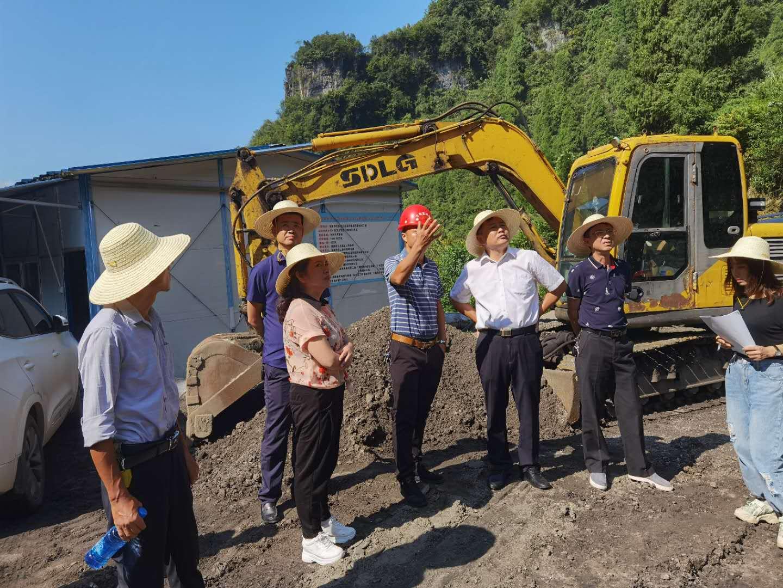 张家界市人大常委会检查《土壤污染防治法》贯彻执行情况